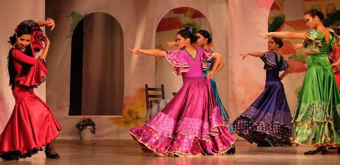Государственный национальный театр танца и песни «Алтам» принял участие в VIII Международном фестивале «Сибирская чайхана»