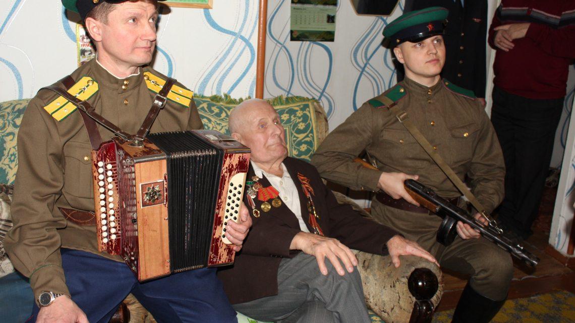 Жителю Горно-Алтайска, участнику Великой Отечественной войны  Ситникову Василию Ильичу исполнилось 95 лет