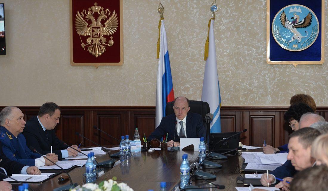 Олег Хорохордин провел заседание Правительства Республики Алтай