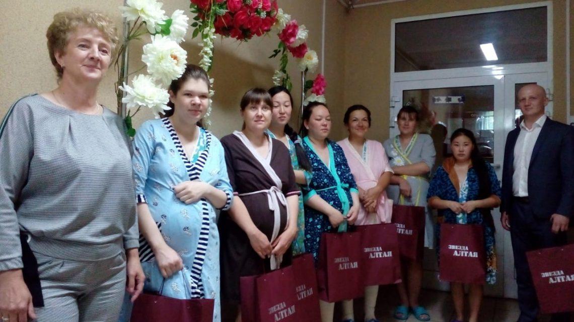 «Звезда Алтая» поздравила родившихся в Пушкинский день