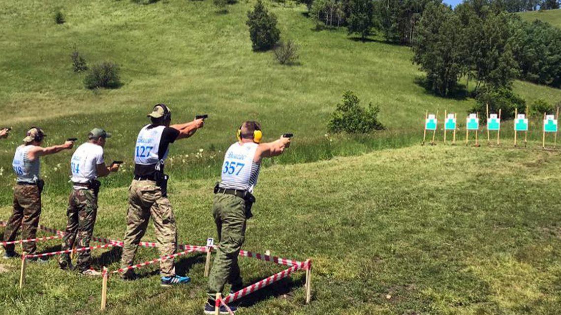 Росгвардейцы Республики Алтай стали призерами соревнований по летнему служебному биатлону