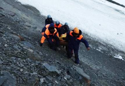 Спасателям удалось найти всех попавших под лавину 6 мая участников тургруппы