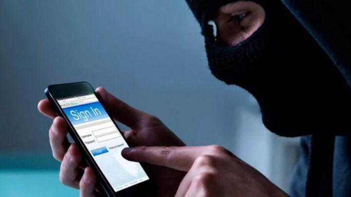 С помощью вредоносной программы мошенники похитили у жительницы Шебалинского района почти 40 тысяч рублей
