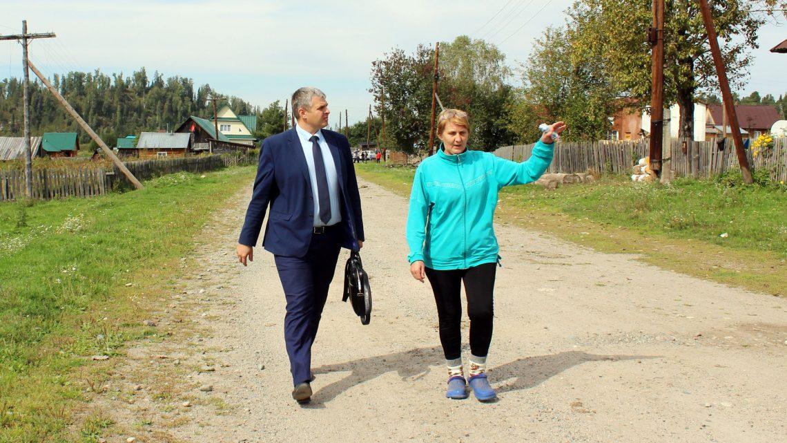 Дорожники приступили к ремонту участка дороги Турочак — Дмитриевка