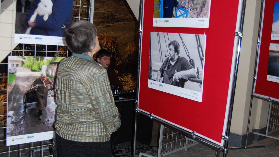 В Национальном музее Республики Алтай открылась фотовыставка «Лица труда»