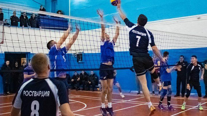 Команда Управления Росгвардии по Республике Алтай стала победителем соревнований по волейболу в зачет Спартакиады «Динамо»