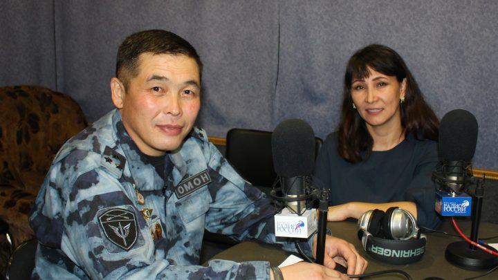 На радио «Россия – Горно-Алтайск» и радио «Маяк» продолжает работу ведомственная рубрика «В эфире Росгвардия»