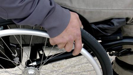 Как инвалидам получить компенсацию за приобретенные технические средства реабилитации или оплаченные услуги