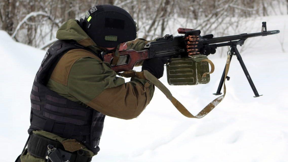 В Республике Алтай проходит турнир по тактической стрельбе памяти погибших сотрудников ОМОН Управления Росгвардии по Республике Алтай