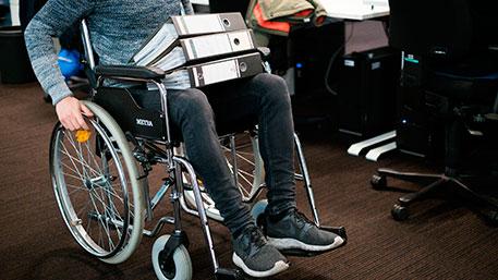 В Центре занятости Улаганского района помогают в трудоустройстве людям с инвалидностью