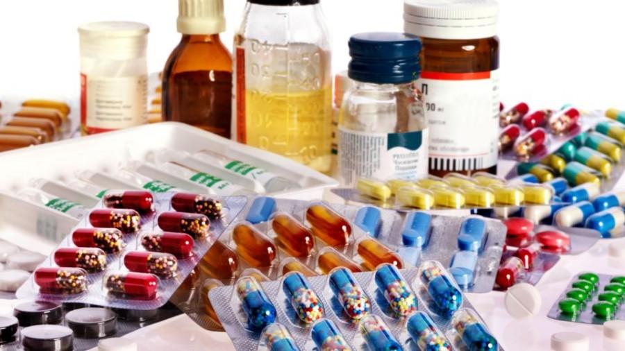 Госдума приняла законы, направленные на обеспечение граждан качественными и доступными лекарствами в рамках борьбы с коронавирусом