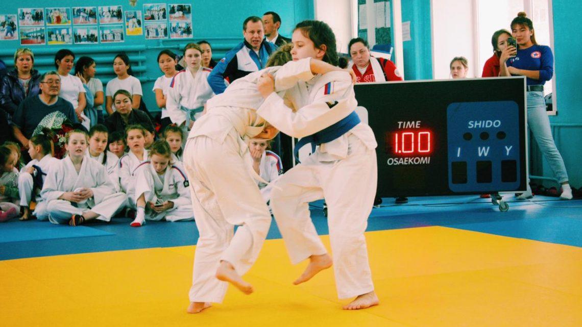 10 золотых, 14 серебряных и 18 бронзовых медалей завоевали дзюдоистки из нашей республики на турнире Инны Муклаевой