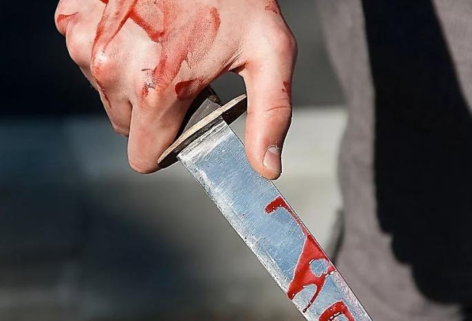 Порезы вместо поздравлений. В Республике Алтай 8 Марта сожитель ножом ранил свою избранницу