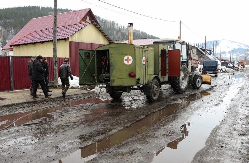 В Горно-Алтайске талыми водами подтоплены первые дома